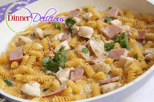 Delicious Chicken and Noodles Recipe