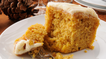 Pumpkin Sheet Cake with cream cheese frosting – Weight Watchers