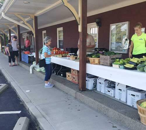local farmers market south of pittsburgh in mcdonald, PA