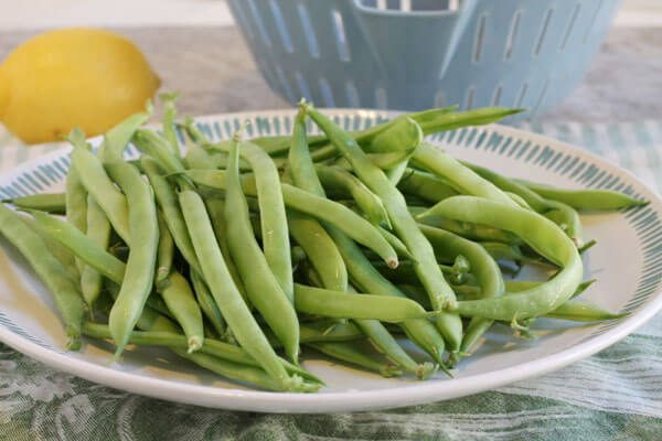 The Best Green Beans with Sausage, Garlic and Lemon