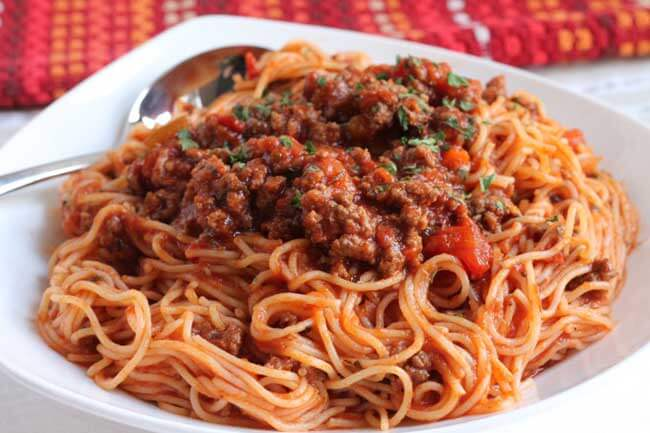 This ultra-creamy and cheesy spaghetti can be yours in just 15 minutes. In a large pot of salted boiling water, cook spaghetti according to package directions until al dente. Drain, reserving 1.