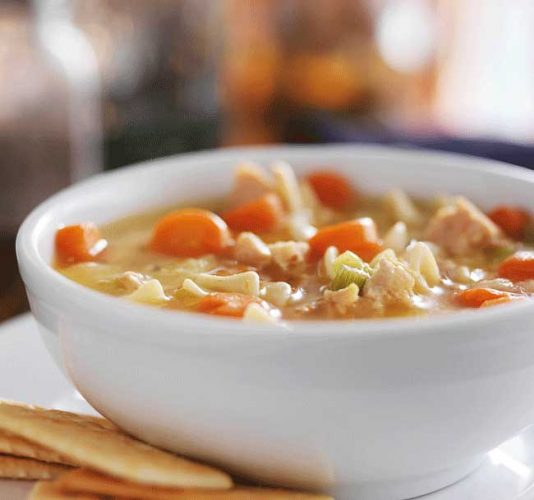 Healthy Slow Cooker Chicken Noodle Soup