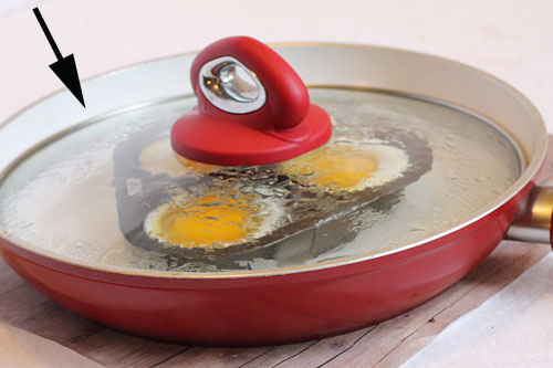 best poached eggs pan