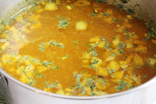 yellow rice broth
