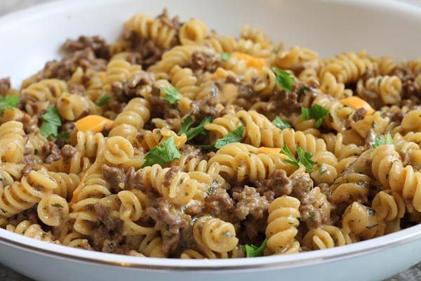 cheeseburger pasta cooked in one skillet