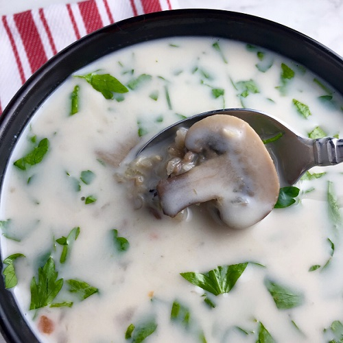 Slow Cooker Creamy Wild Rice and Mushroom Soup