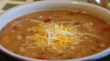 Crockpot White Bean and Rice Soup