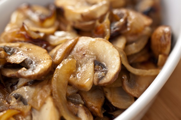 eating healthy mushrooms