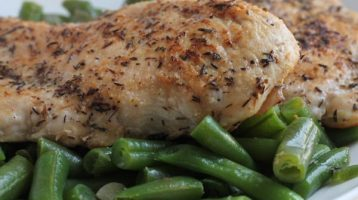 Skinny Chicken with Garlicky Green Beans