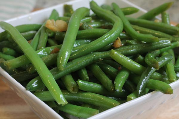 Green Beans with Garlic and Ginger