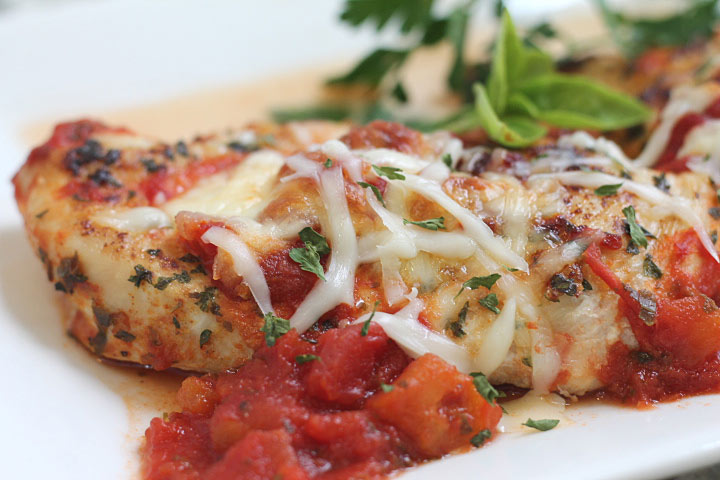 Skinny Chicken Parm on a Plate