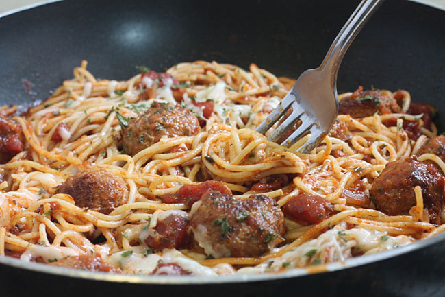 spaghetti with frozen meatballs