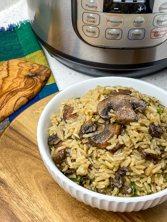 Instant Pot Mushroom Rice with Garlic